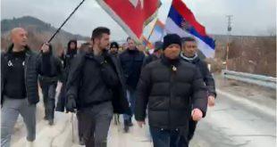 POSLIJE 10 DANA PJEŠAČENJA: Hodočasnici stigli u Nikšić, dočekani ovacijama (VIDEO)