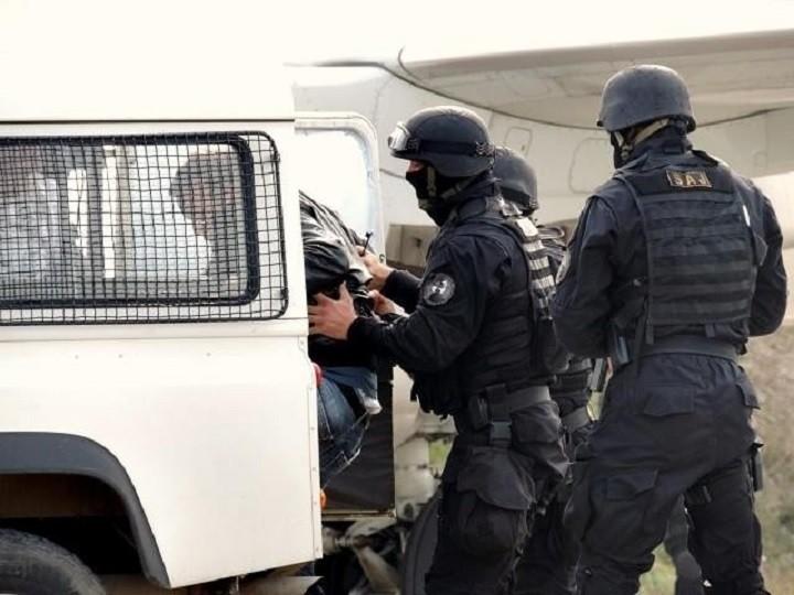Photo of VELIKA POLICIJSKA AKCIJA NA CETINJU: Hapšenja škaljaraca povezana sa atentatom na Zvicera u Kijevu?