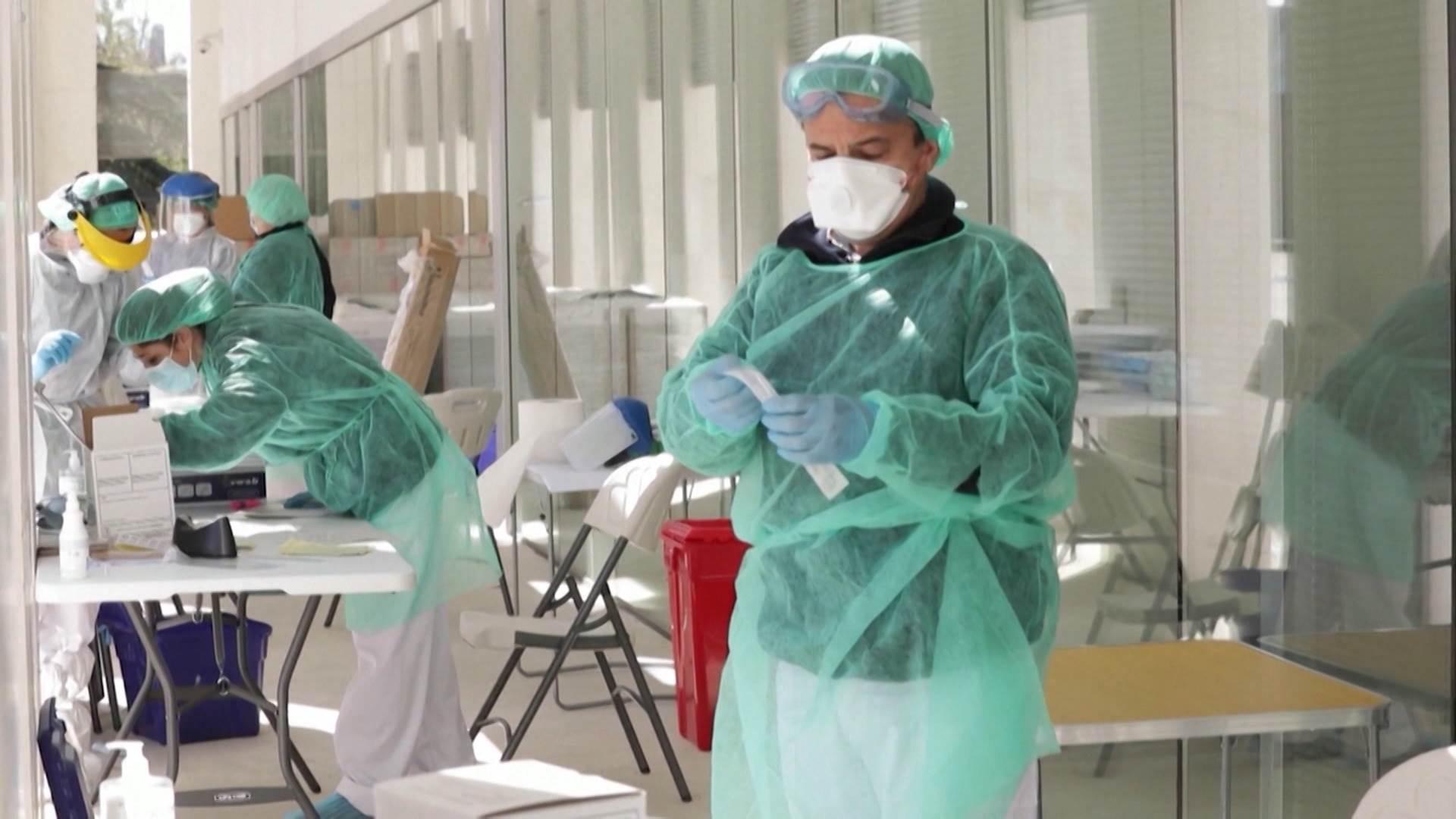 Photo of KORONA HARA SRBIJOM: Brojke novozaraženih drastično skaču