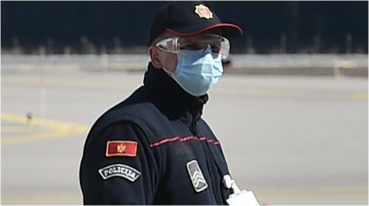 Photo of PODGORIČANIN OMALOVAŽAVAO POLICAJCA: Kažnjen sa 20 dana zatvora