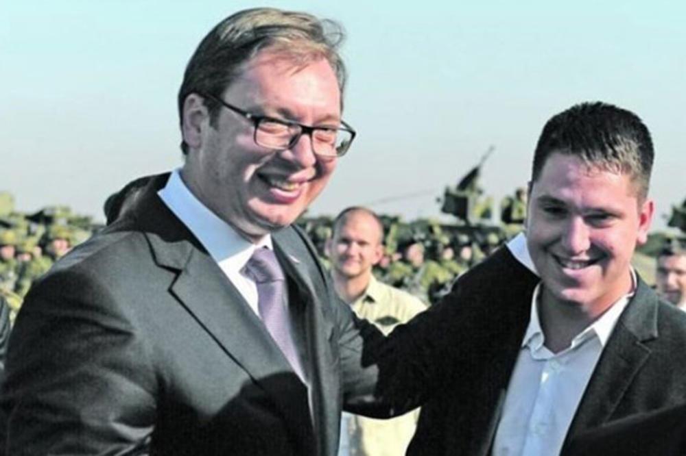 Photo of VUČIĆEV SIN ZARAŽEN KORONOM: Primljen na Infektivnu kliniku, a otac mu poslao PORUKU