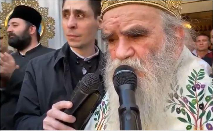 Photo of Kako je mitropolit Amfilohije objašnjavao zašto nije NI BLAG, NI MIRAN, NI KROTAK
