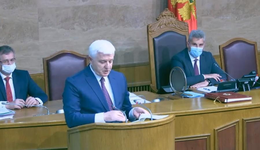 Photo of PREMIJERSKI SAT: Markovića pitaju o hapšenju Joanikija, napadima na manjine, EU integracijama… (UŽIVO)