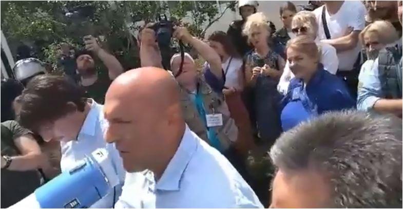 Photo of DOK TRAJE ISTRAGA: Milanu Careviću zabrana napuštanja stana