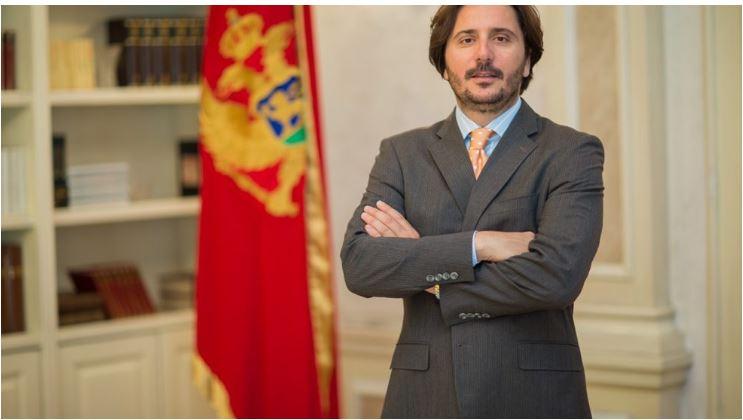 Photo of DIVANOVIĆ PORUČIO: Spreman sam da svu dokumentaciju ustupim istražnim organima, da li je i Jovanović?