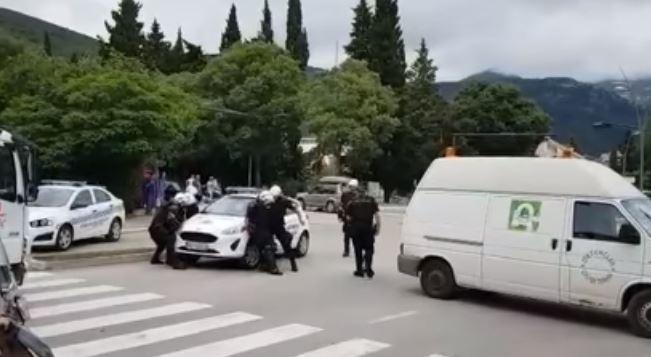 Photo of PODNIJETA KRIVIČNA PRIJAVA: Načelniku budvanske Komunalne policije određeno zadržavanje do 72 sata
