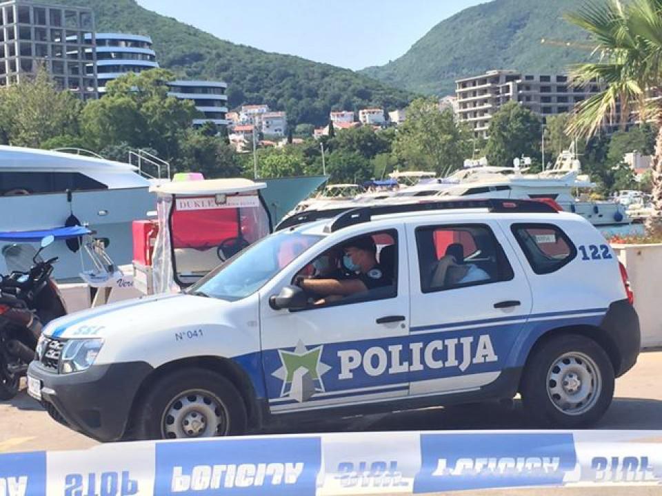 Photo of KAUCIJA 330.000 EURA: Mladić koji je gliserom usmrtio djevojku pušten iz Spuža, još uvijek ne smije u Srbiju