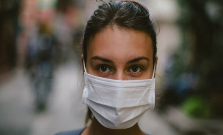 Photo of Kako to da se neki zaraženi koronavirusom nijednom ne zakašlju, dok drugi završavaju na respiratorima i umiru?