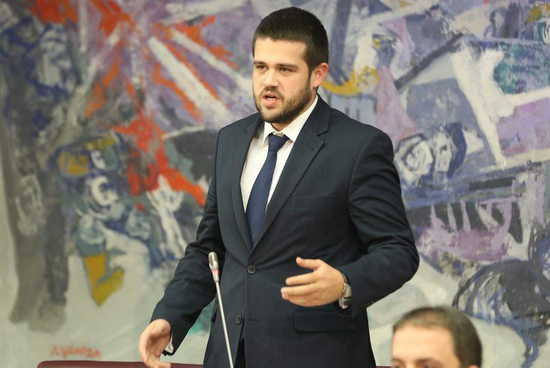 Photo of NIKOLIĆ: Božovićevi postupci diskvalifikuju ga kao ambadasora, a karakterišu kao mešetara