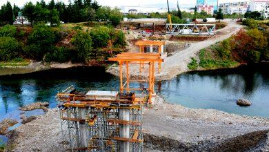 Photo of Počinje postavljanje čelične konstrukcije na novom pješačkom mostu na Morači (FOTO)