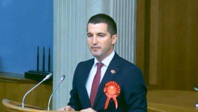 Photo of Pogledajte biografiju Alekse Bečića novog predsjednika Skupštine Crne Gore