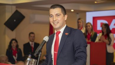 Photo of BEČIĆ SE ZAHVALIO ĐUKANOVIĆU: Biću promoter međusobnog uvažavanja i poštovanja