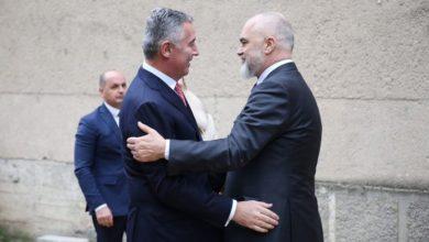 Photo of SASTALI SE: Rama ručao sa Đukanovićem, lider DPS-a ćuti
