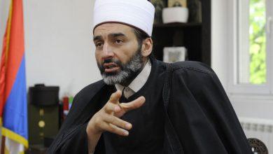 Photo of MUFTIJA JUSUFSPAHIĆ: Kada su huligani palili našu džamiju, hrabri mitropolit je stao ispred mase da je brani