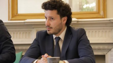 Photo of Vrijeme je da Abazović objelodani ko mu je nudio mito