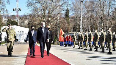 """Photo of Krivokapić, Abazović i Injac posjetili kasarnu """"Milovan Šaranović"""" u Danilovgradu"""